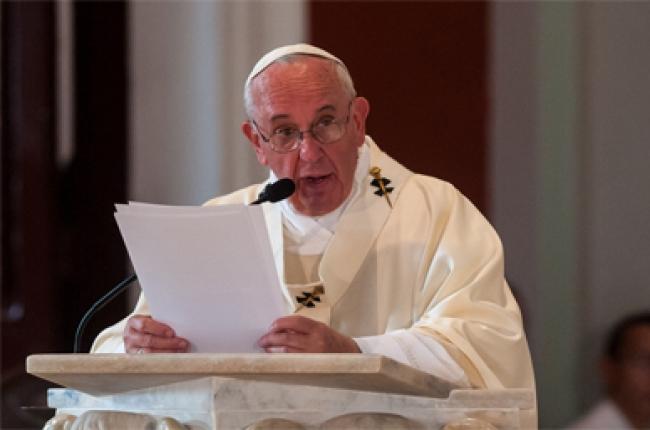 Image result for Papa Francisco exhorta respetar derechos de las familias